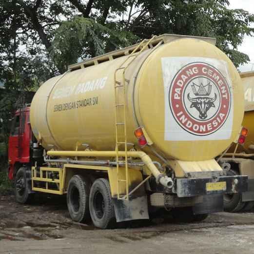 Distributor Semen Padang
