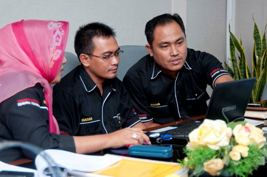 Karyawan PT Igasar Semen Padang Group